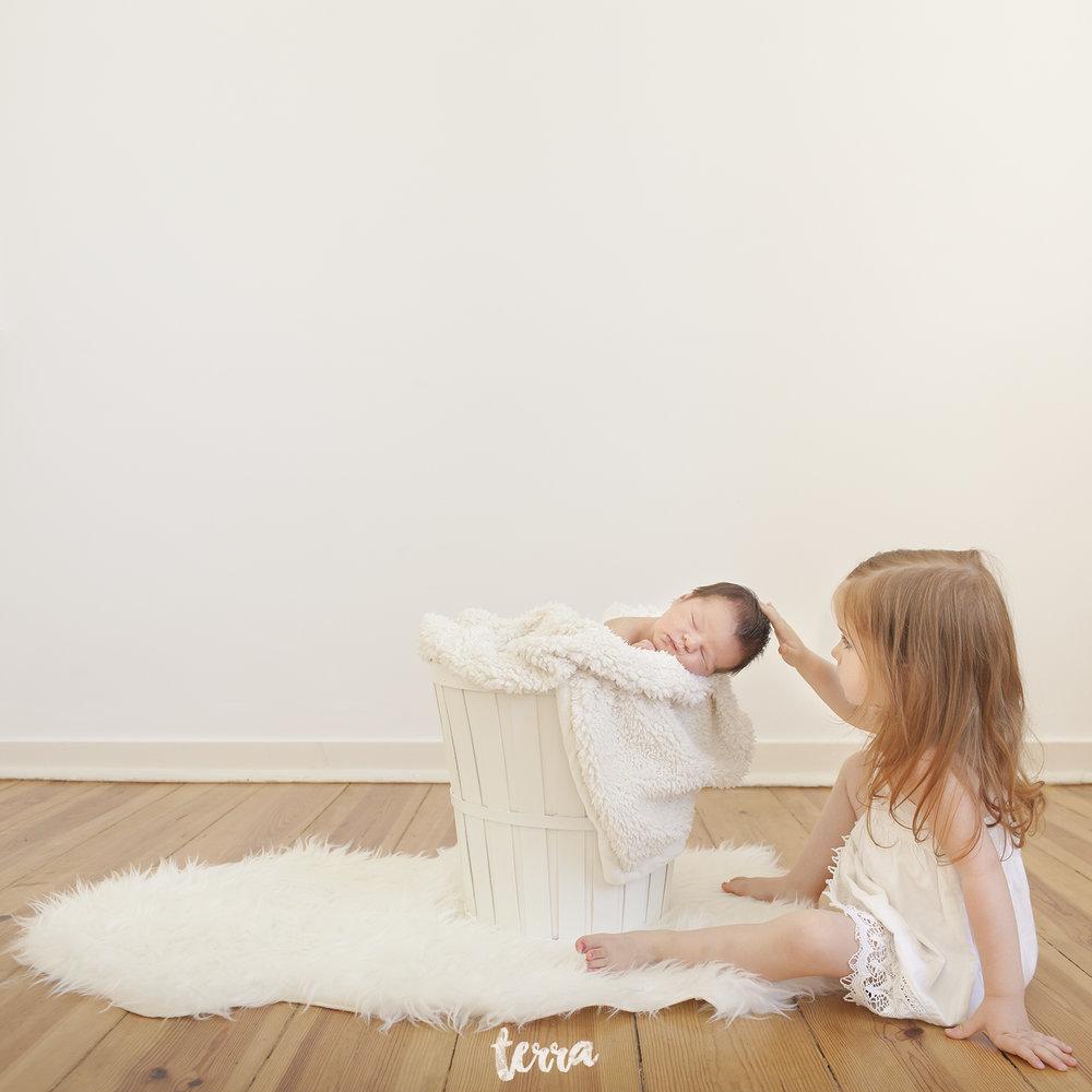 sessao-fotografica-recem-nascido-bebe-terra-fotografia-0009.jpg