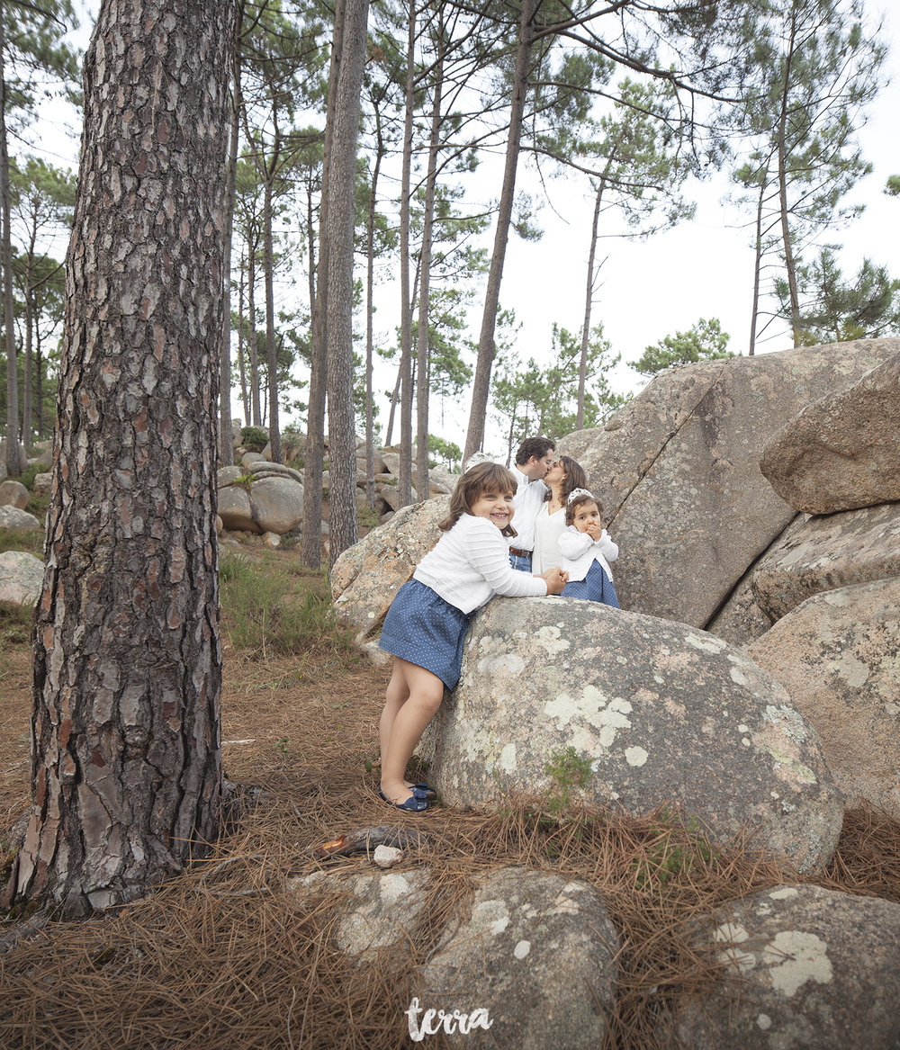 sessao-fotografica-familia-serra-sintra-portugal-terra-fotografia-19.jpg