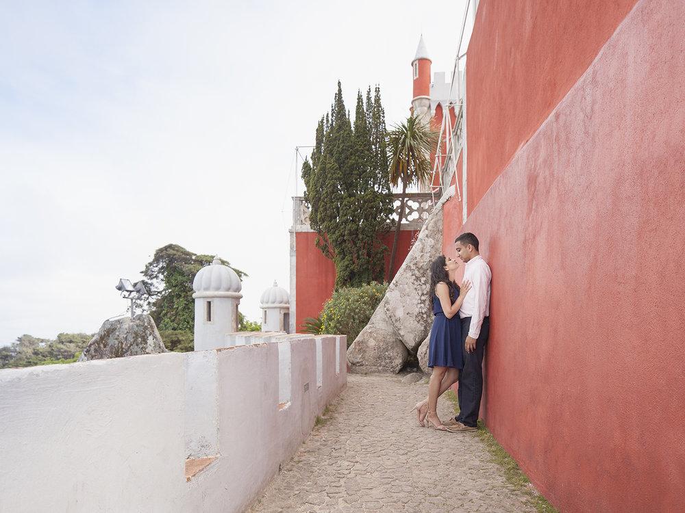 sessao-fotografica-pedido-casamento-palacio-pena-sintra-flytographer-terra-fotografia-14.jpg