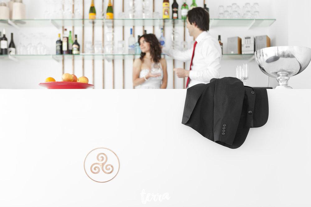 sessao-fotografica-trash-the-dress-viva-hotel-obidos-terra-fotografia-0022.jpg