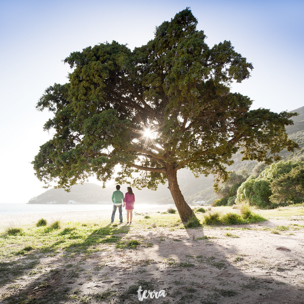 sessao-fotografica-gravidez-praia-portinho-arrabida-terra-fotografia-0001.jpg