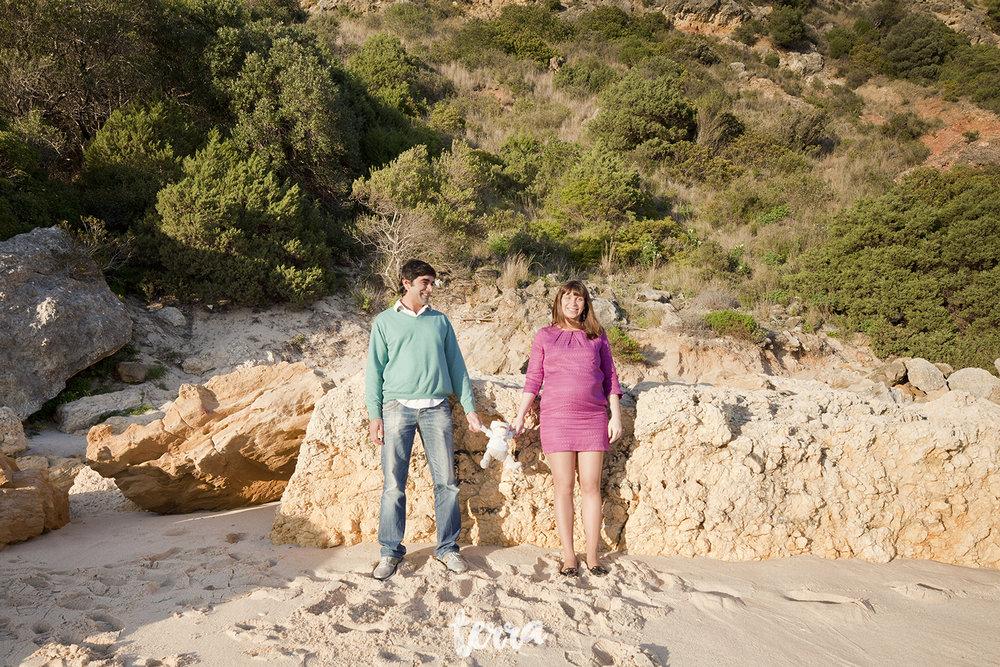 sessao-fotografica-gravidez-praia-portinho-arrabida-terra-fotografia-0014.jpg