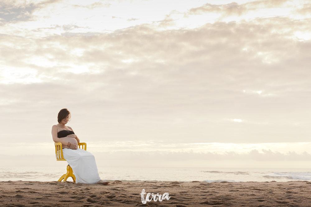 sessao-fotografica-gravidez-praia-sao-lourenco-terra-fotografia-0019.jpg