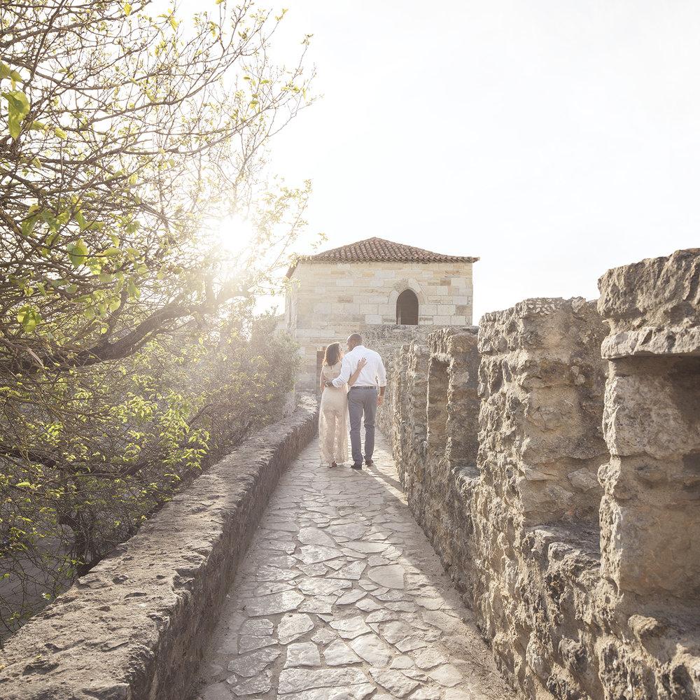 engagement-session-castelo-sao-jorge-lisboa-portugal-flytographer-terra-fotografia-22.jpg