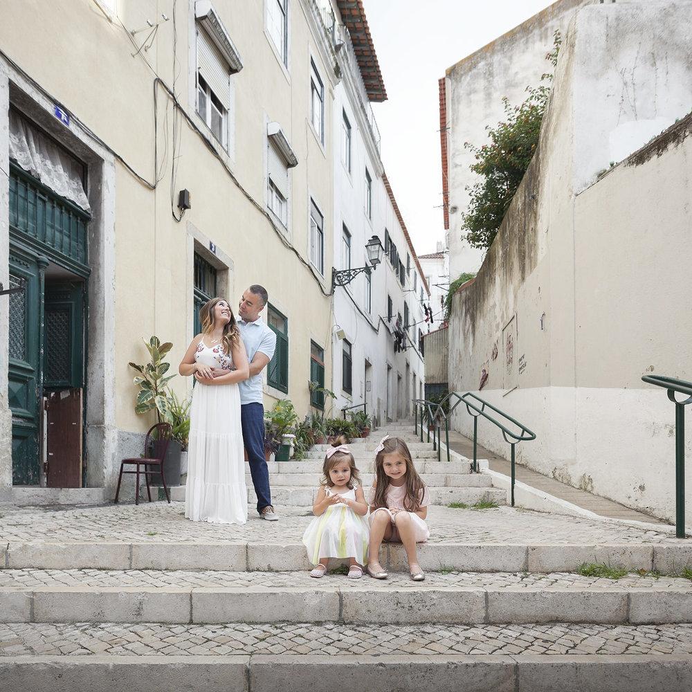 alfama-lisbon-family-photogapher-terra-fotografia-0011.jpg