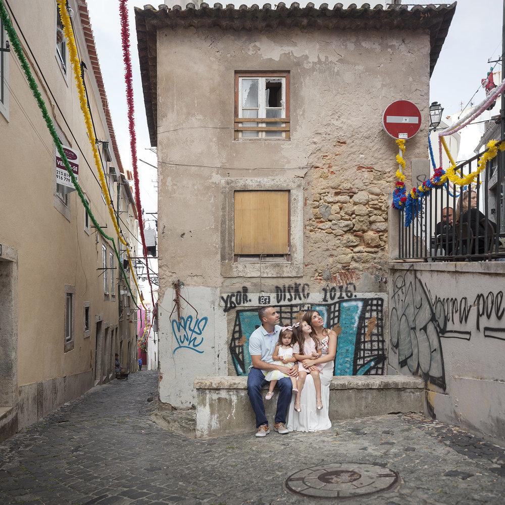 alfama-lisbon-family-photogapher-terra-fotografia-0014.jpg