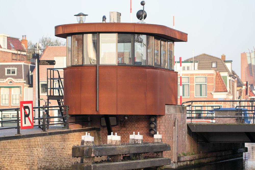 Brugwachtershuisje Waterpoort Lemmerweg Sneek-3.jpg