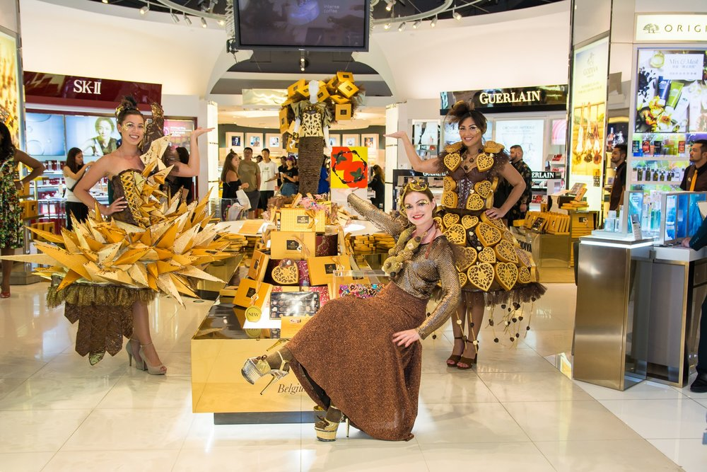 Godiva chocolate couture fashion show