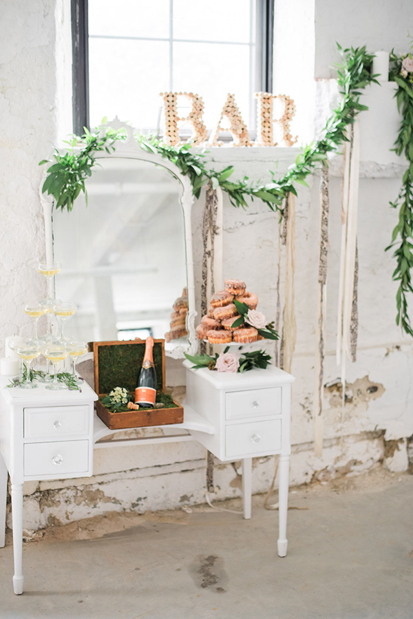 Industrial-Meets-Earthy-WeddingInspiration59.jpg