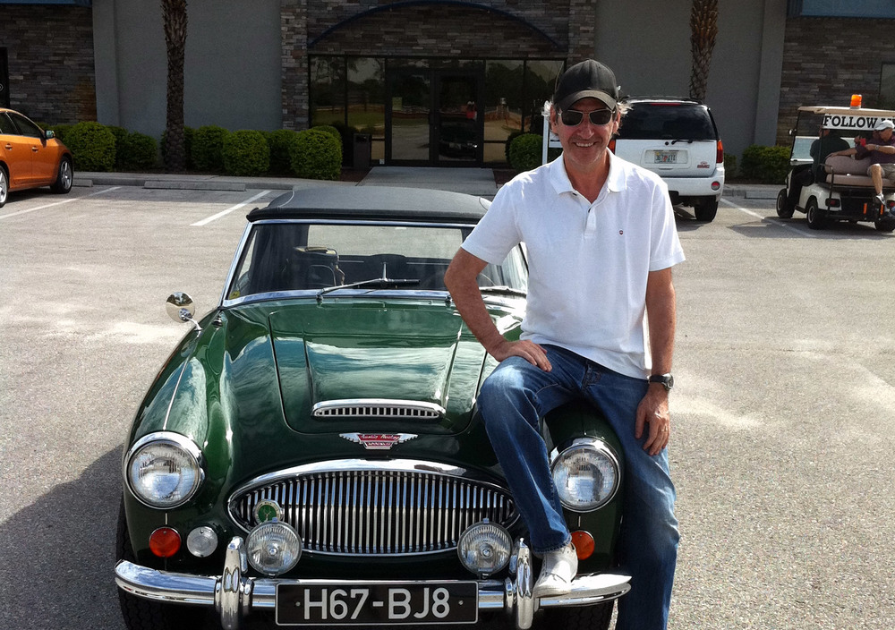 Eduardo Beiner with his Austin Healey 3000