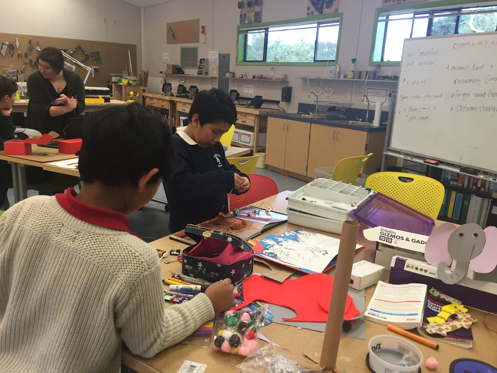 1st Graders class at the Hamilton maker space