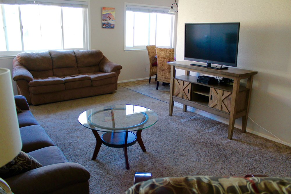 Unit 4 More Living Room.JPG
