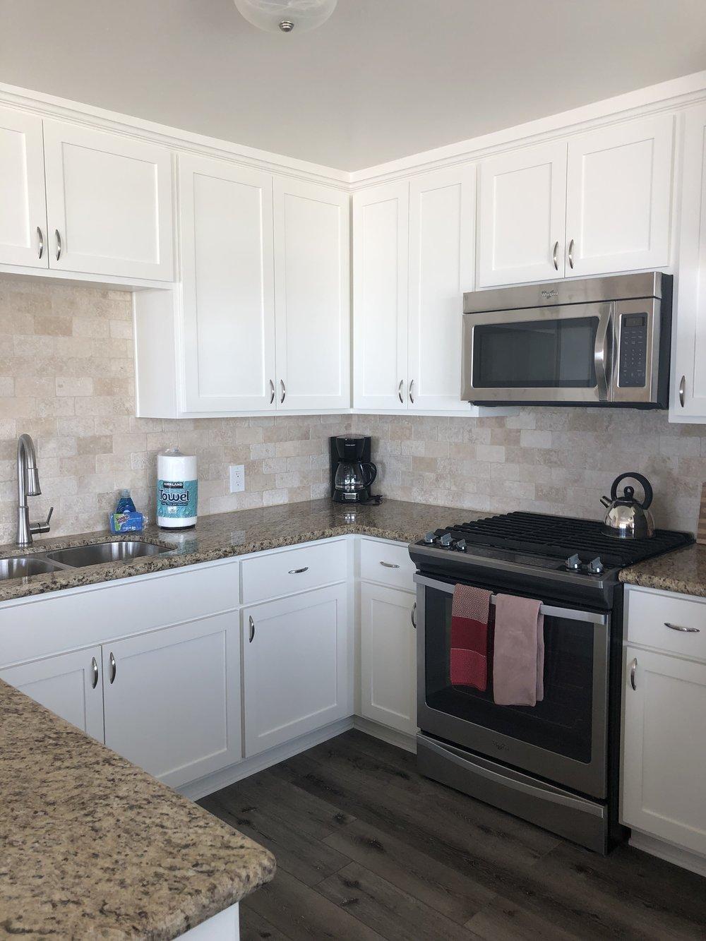 new kitchen 6.jpg