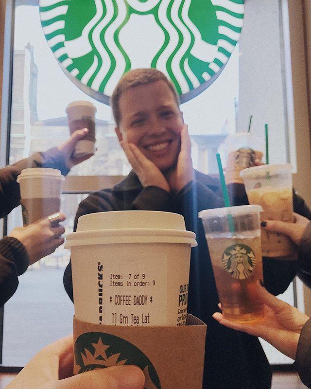 You know what time it is @starbuckson5th. ☕️ #CoffeeDaddy #CoffeebyJoJo