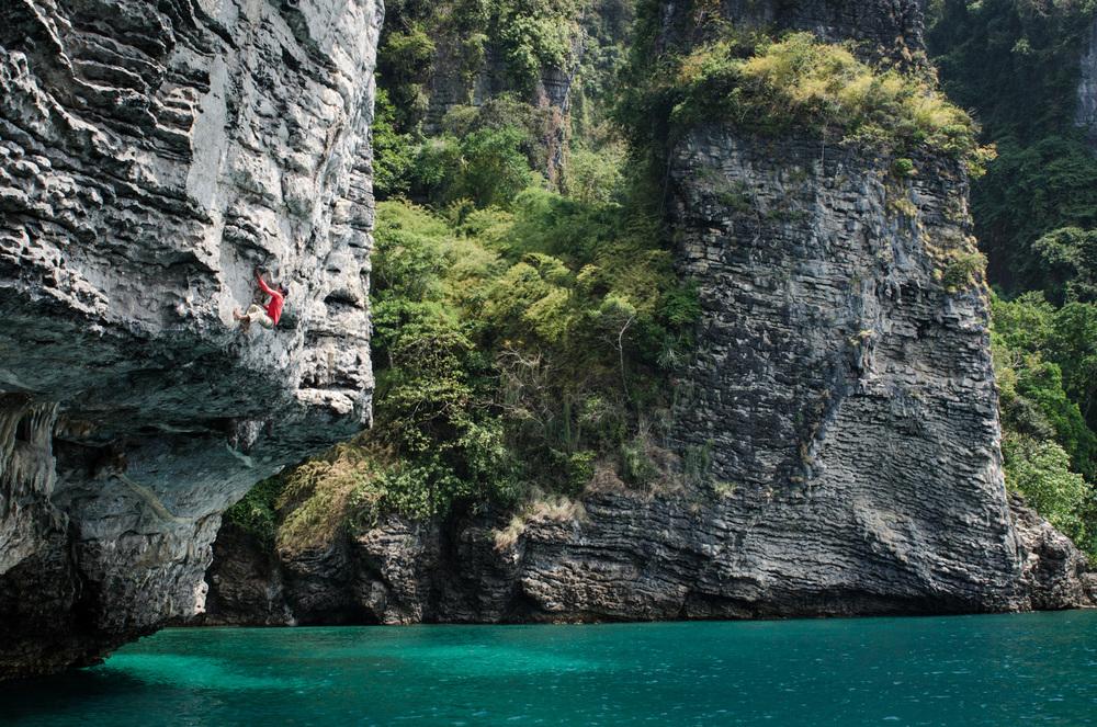 Krabi-Tonsai-Railay-Thailand-AmyRolloPhoto-2-41.jpg