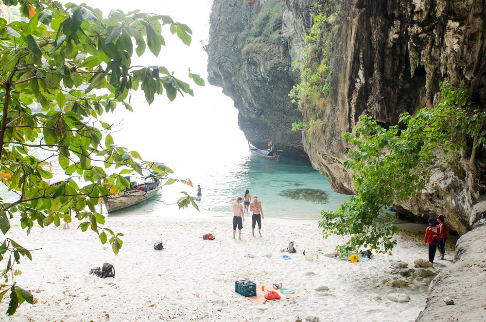 Krabi-Tonsai-Railay-Thailand-AmyRolloPhoto-2-120.jpg