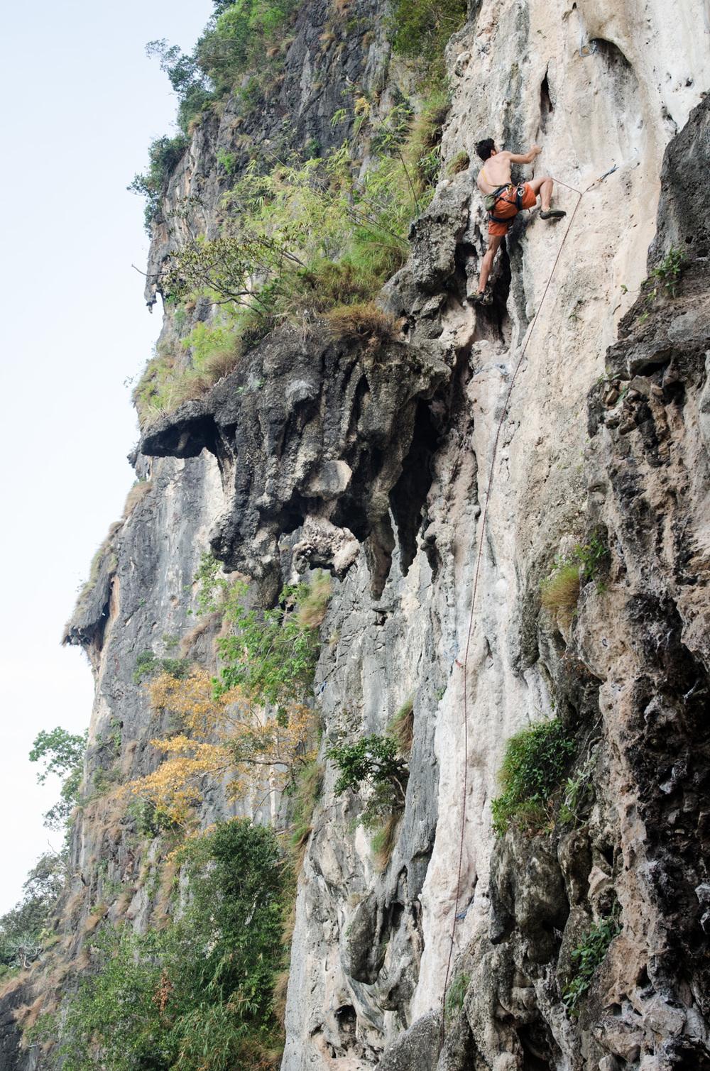 Krabi-Tonsai-Railay-Thailand-AmyRolloPhoto-2-215.jpg