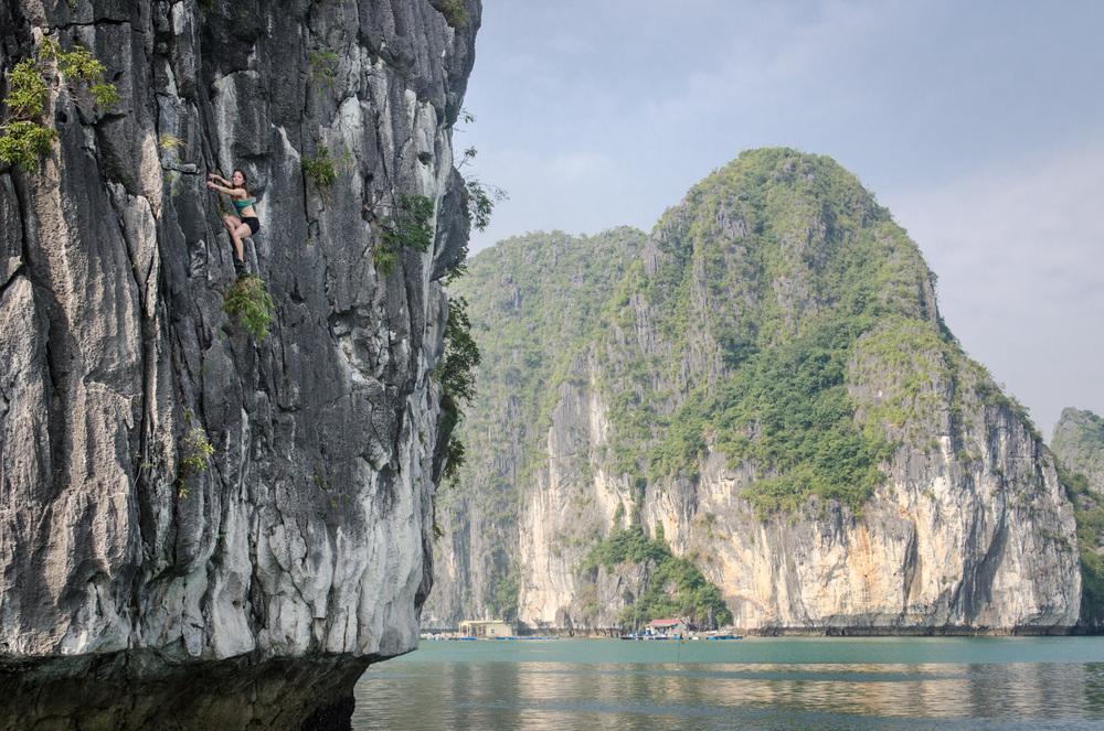 CatBaIsland-Vietnam-AmyRolloPhoto-134.jpg