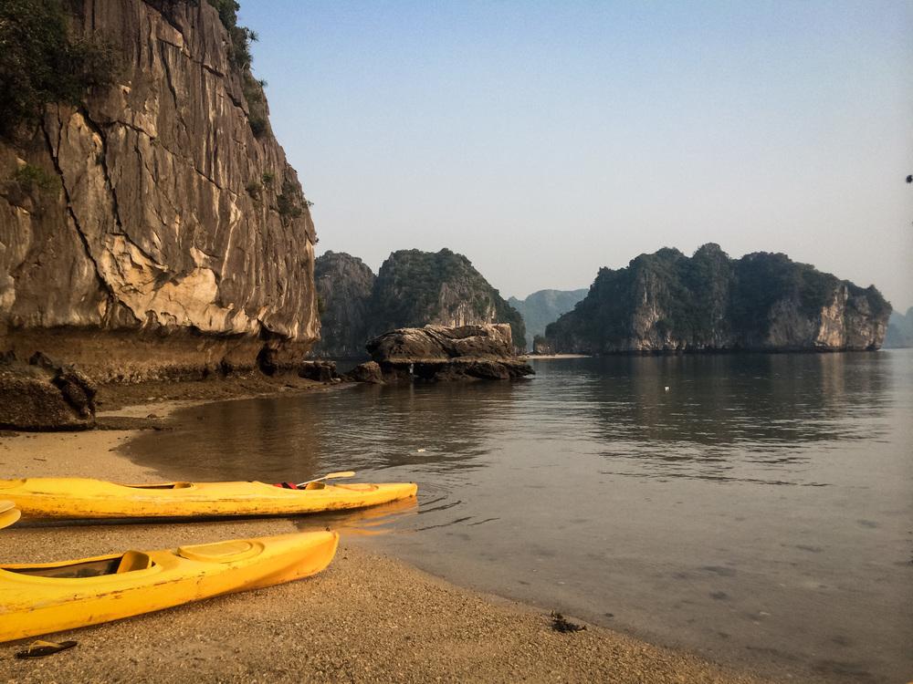 HalongBay-CatBaIsland-Vietnam-iPhone-AmyRolloPhoto-271.jpg