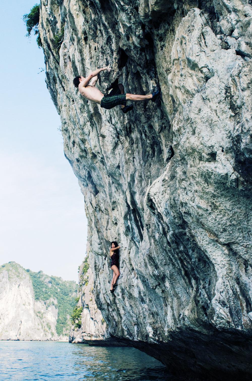 RockClimbing-AsiaOutdoors-HalongBay-Vietnam-21.jpg