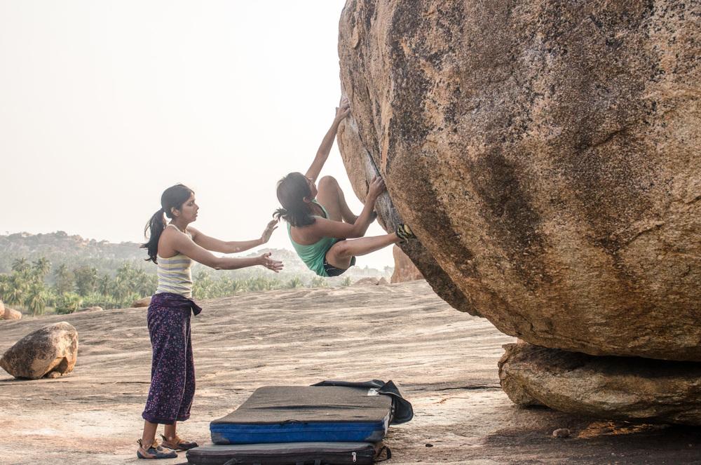 Hampi-India-bouldering-rockclimbing-AmyRolloPhoto-1149.jpg