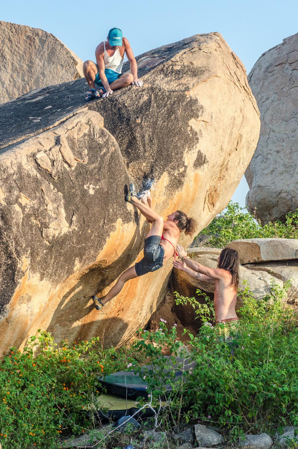 Hampi-India-bouldering-rockclimbing-AmyRolloPhoto-1301.jpg