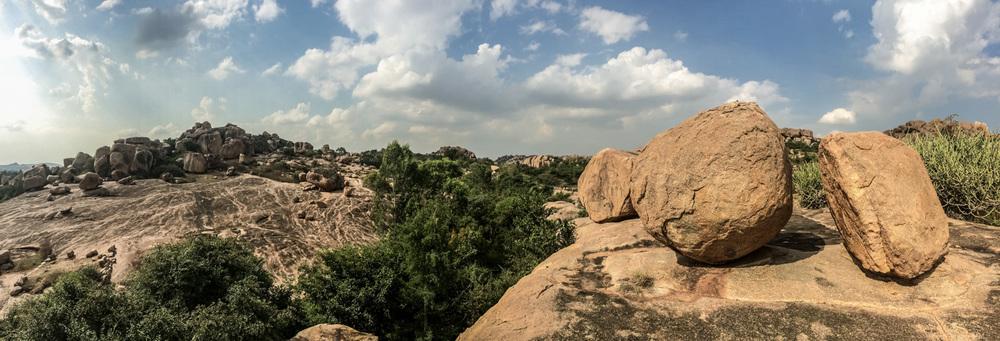 Hampi-India-bouldering-rockclimbing-AmyRolloPhoto-iphone-2671.jpg