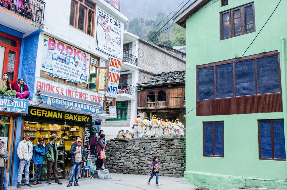 Manali-HimachalPradesh-Bouldering-RockClimbing-AmyRolloPhoto-3068.jpg