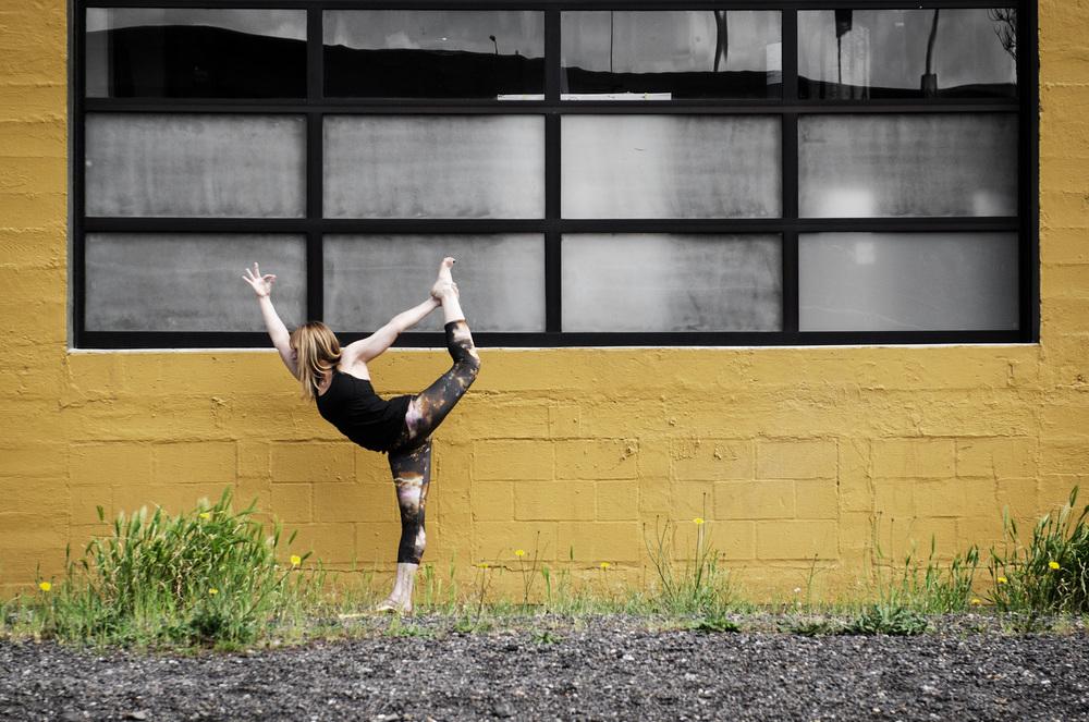 Yoga-Portland-JillKnouse-AmyRolloPhoto-7277-Edit.jpg