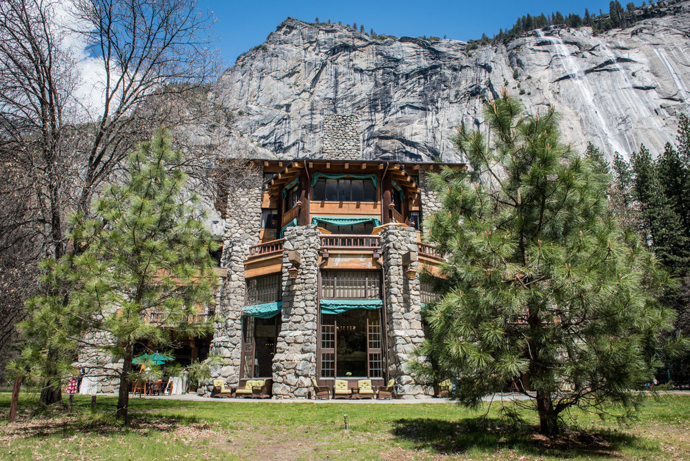 AmyRolloPhoto-Do-Lanning-Wedding-YosemiteNationalPark-MajesticYosemiteHotel.jpg