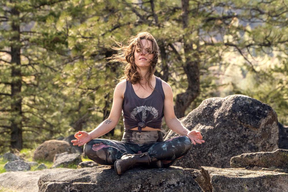 20180904-IcicleCanyon-Yoga-AmyRolloPhoto-5.jpg
