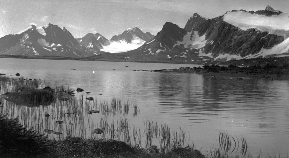 amathyst lake.jpg