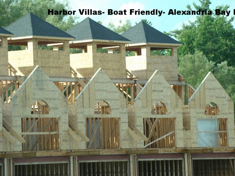 Harbor Villas- Boat Friendly- Alexandria Bay NY