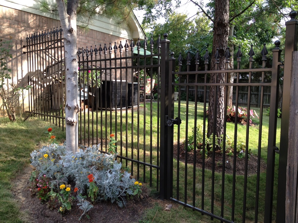 Stepped Fence 2.JPG