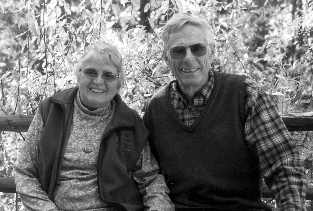 June and Rod Ash at home, 1999. CREDIT: Suzanne Vernon.