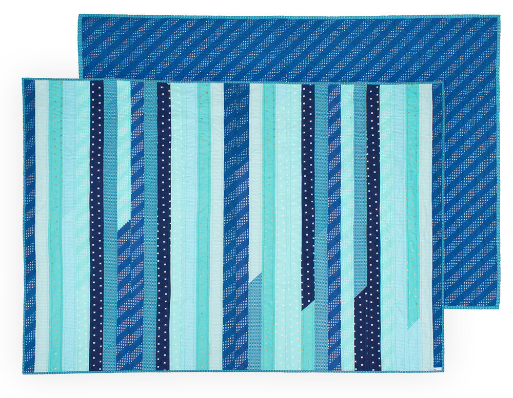 blue_jelly_roll_quilt_5.jpg