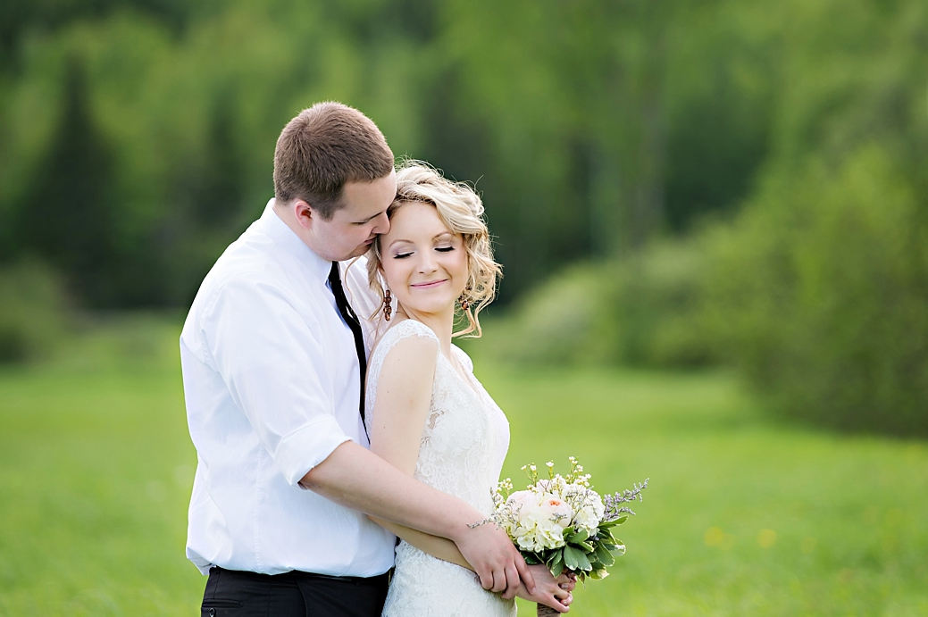 Fredericton Farm Wedding  |  Candace Berry Photography_078