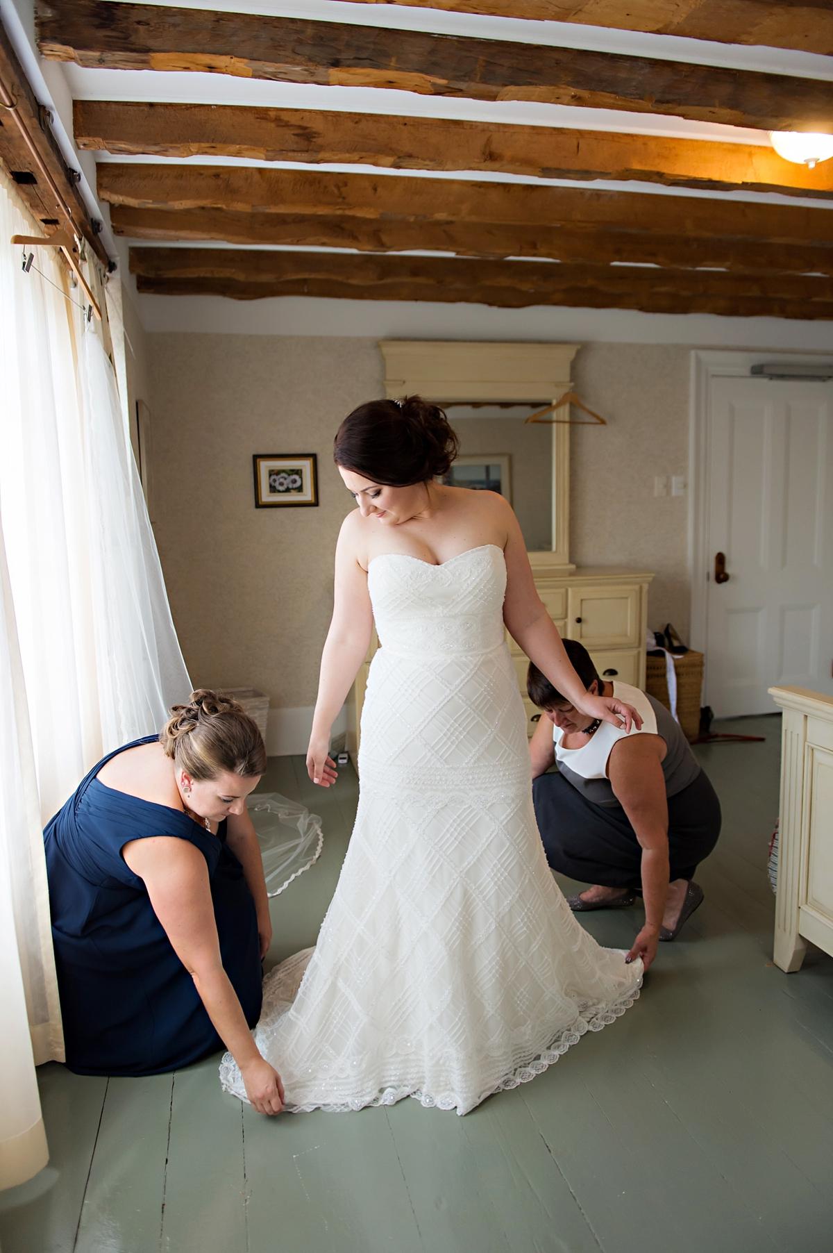 Julie & Taylor's Chester Captains House Wedding, Nova Scotia Wedding Photography027