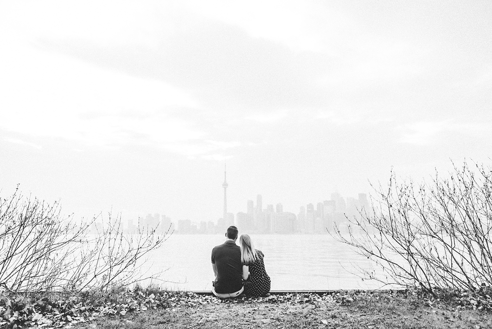 Toronto-Island-Engagement-Shoot049.jpg