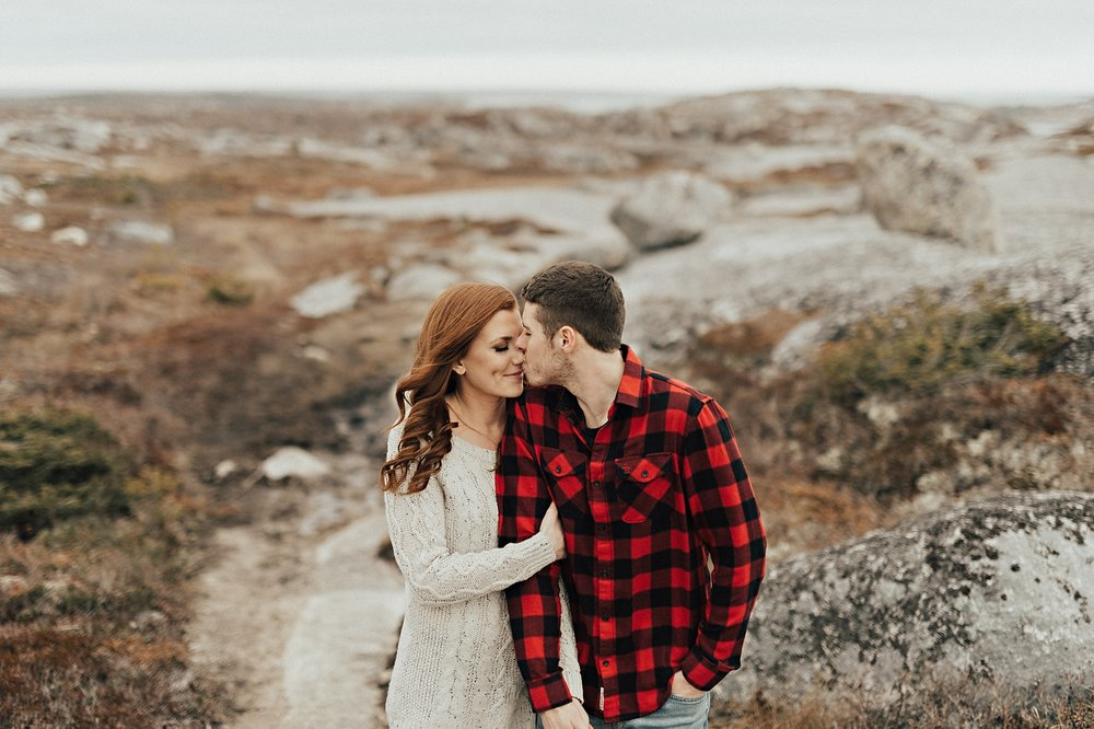 Halifax-Wedding-Photographer_Annie&Ryan_Ocean-Engagement-Shoot_03.jpg