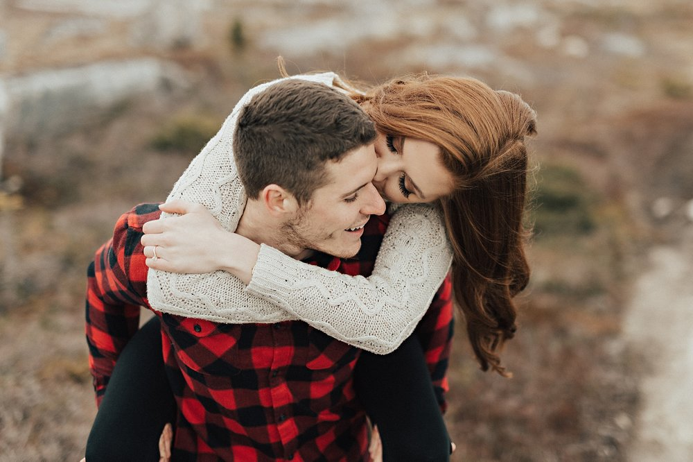 Halifax-Wedding-Photographer_Annie&Ryan_Ocean-Engagement-Shoot_05.jpg