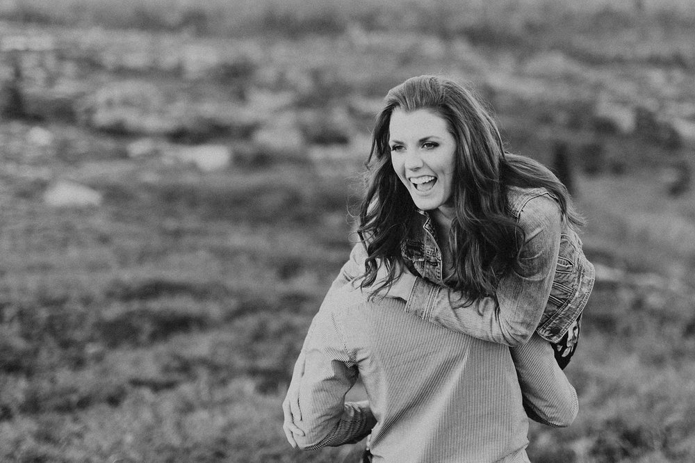 Halifax-Wedding-Photographer_Annie&Ryan_Ocean-Engagement-Shoot_34.jpg