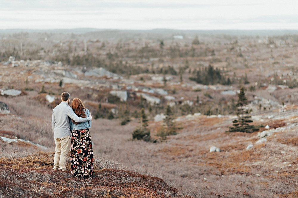 Halifax-Wedding-Photographer_Annie&Ryan_Ocean-Engagement-Shoot_40.jpg