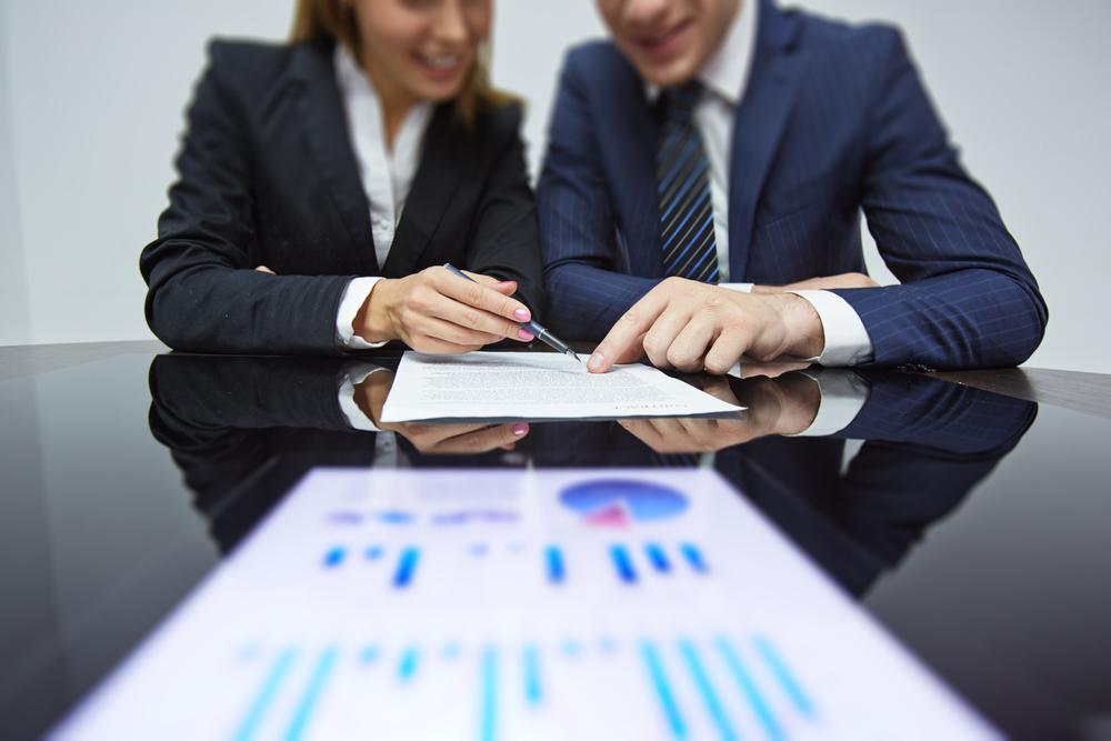 Müşteri adaylarınıza doğrudan ulaşmak için sosyal medyanın gücünü kullanınÇünkü, potansiyel müşteriler ve yatırımcılar artık parmağınızın ucunda... - Sadık müşteriler yarat, fırsatları hızlıca satışa çevir, doğru kişiye, hemen ulaş