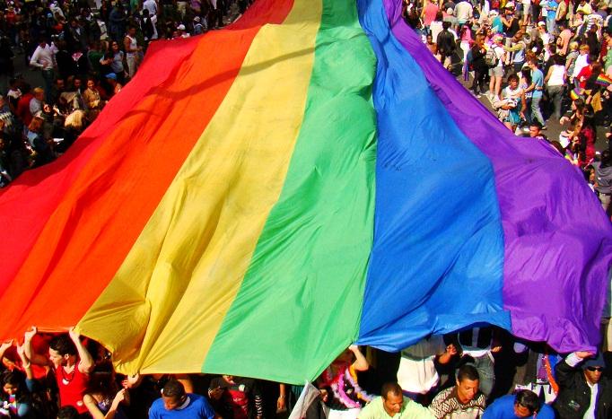 A bandeira do arco-íris é simbolo do movimento lgbt desde 1978