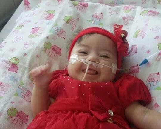 Elisa fez a cirurgia e já está em casa. (imagem: Arquivo pessoal)