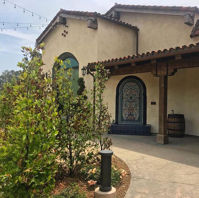 Last week, we were checking out the Ojai Valley and drinking wine. Today looks nothing like this. Good thing we brought a few bottles back with us.  #throwbacktuesday #backtocali #ojai #winecountry #nowiamthirsty #visitcalifornia #topamountainwinery