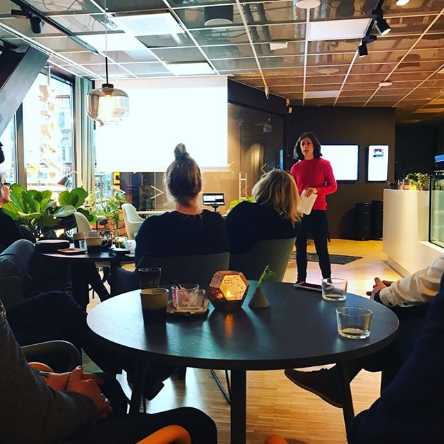 """Very inspiring!"" and ""engaging and thought provoking"" were a couple of the comments from the audience this morning. Looking forward to do more presentations soon! #sharingeconomy #coworking #coliving #gigeconomy #flexibility #access #future"