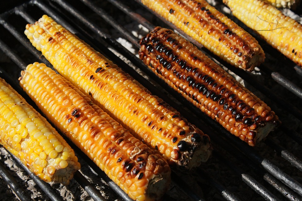 Barbecue Corn on the Cob, a traditional Taiwanese street food.