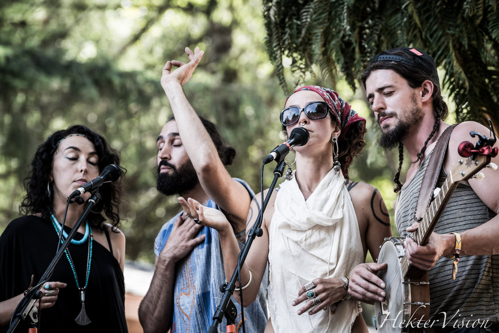 Rising Appalachia find harmony during their Sunday set